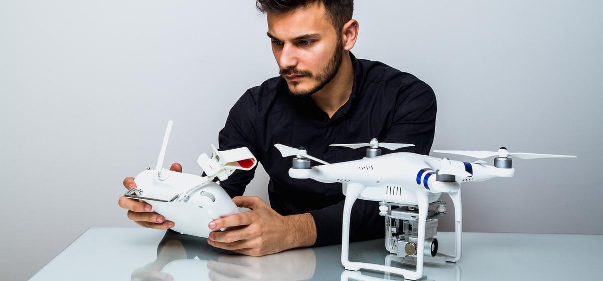 Despacho de Abogados Madrid, Pozuelo de Alarcón. Uso de dron, como gestionar mi dron, piloto de drones, normas para usar drones.
